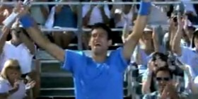 Novak Djokovic's Amazing Shot Chase Down